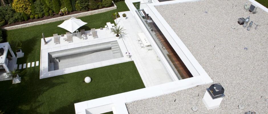 Wir führen auch Spenglerarbeiten am Flachdach durch