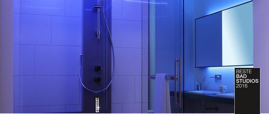 Ausgefeilte Lichtkonzepte sorgen für einen entspannten Besuch im hauseigenen Dampfbad